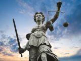 vrouwe justitia shutterstock_50000521